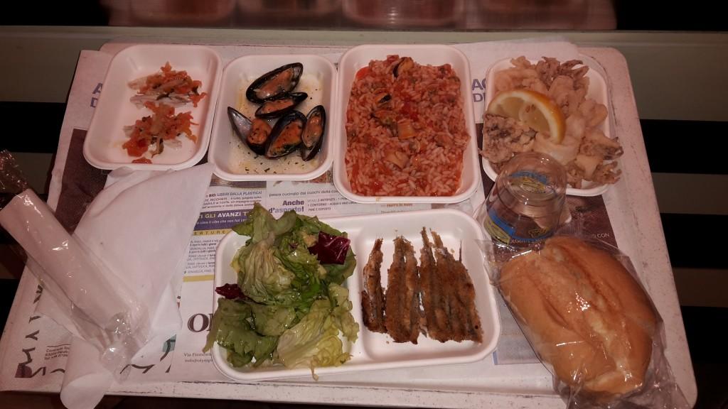 pesce azzurro cattolica menu