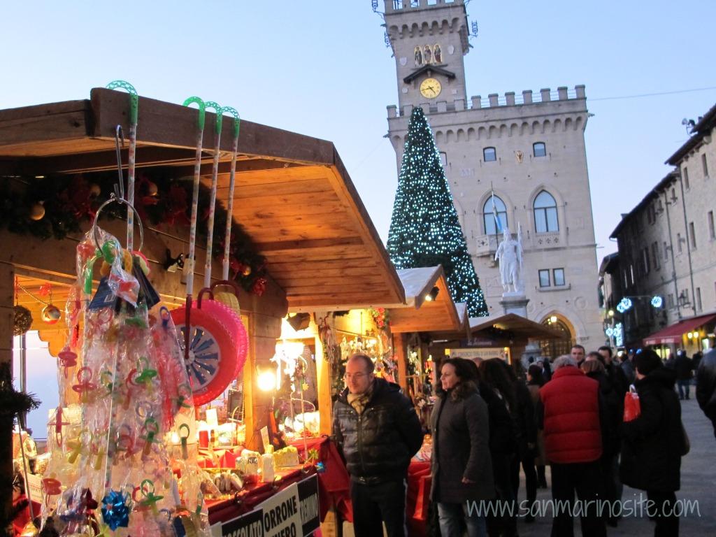 Natale delle Meraviglie a San Marino: cosa succede quando il mercatino è titanico