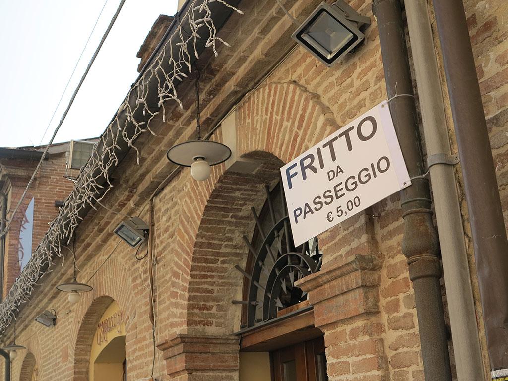 8 motivi per una gita a Santarcangelo di Romagna con i bambini + 1 per le mamme