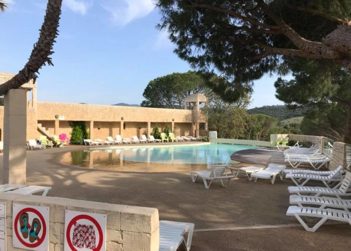 camping les cigales piscine