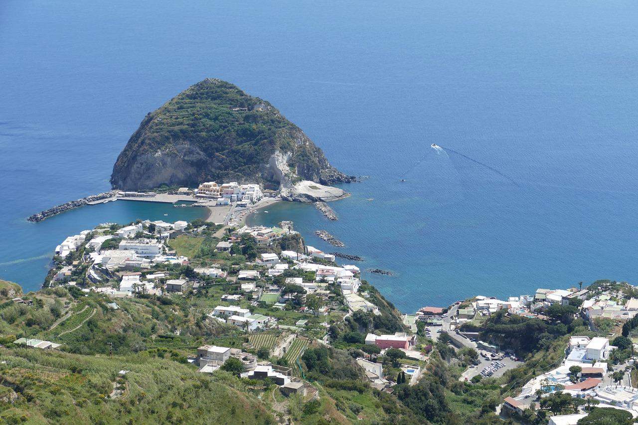 Le isole del Golfo di Napoli con i bambini